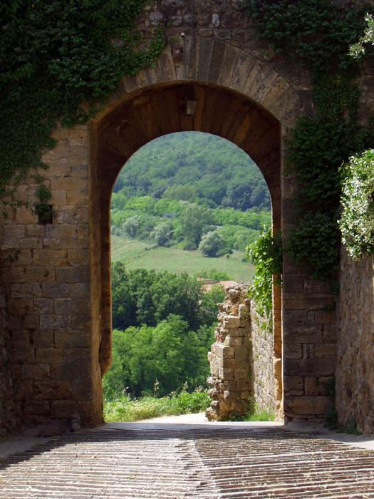 Tuscan-doorway-mathew-lodge